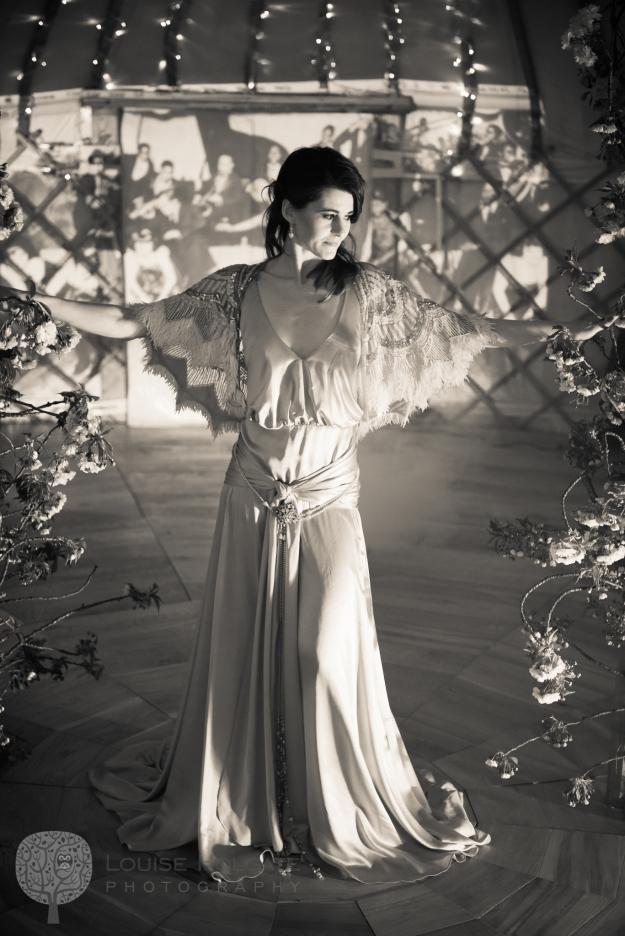Yurt Gatsby screen res-68